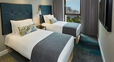 Twin bedroom at The stay easy in Cape Town